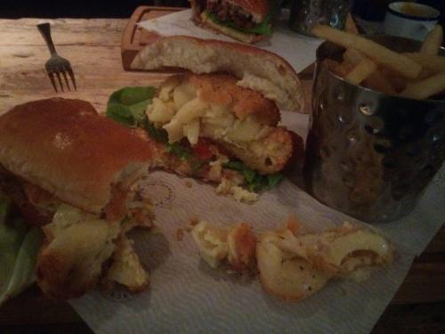 Anchorage Bar mac and cheese burger