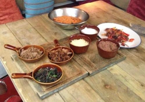Revolucion de Cuba burrito ingredients