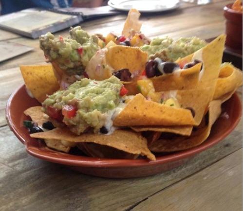 Revolucion de Cuba nachos